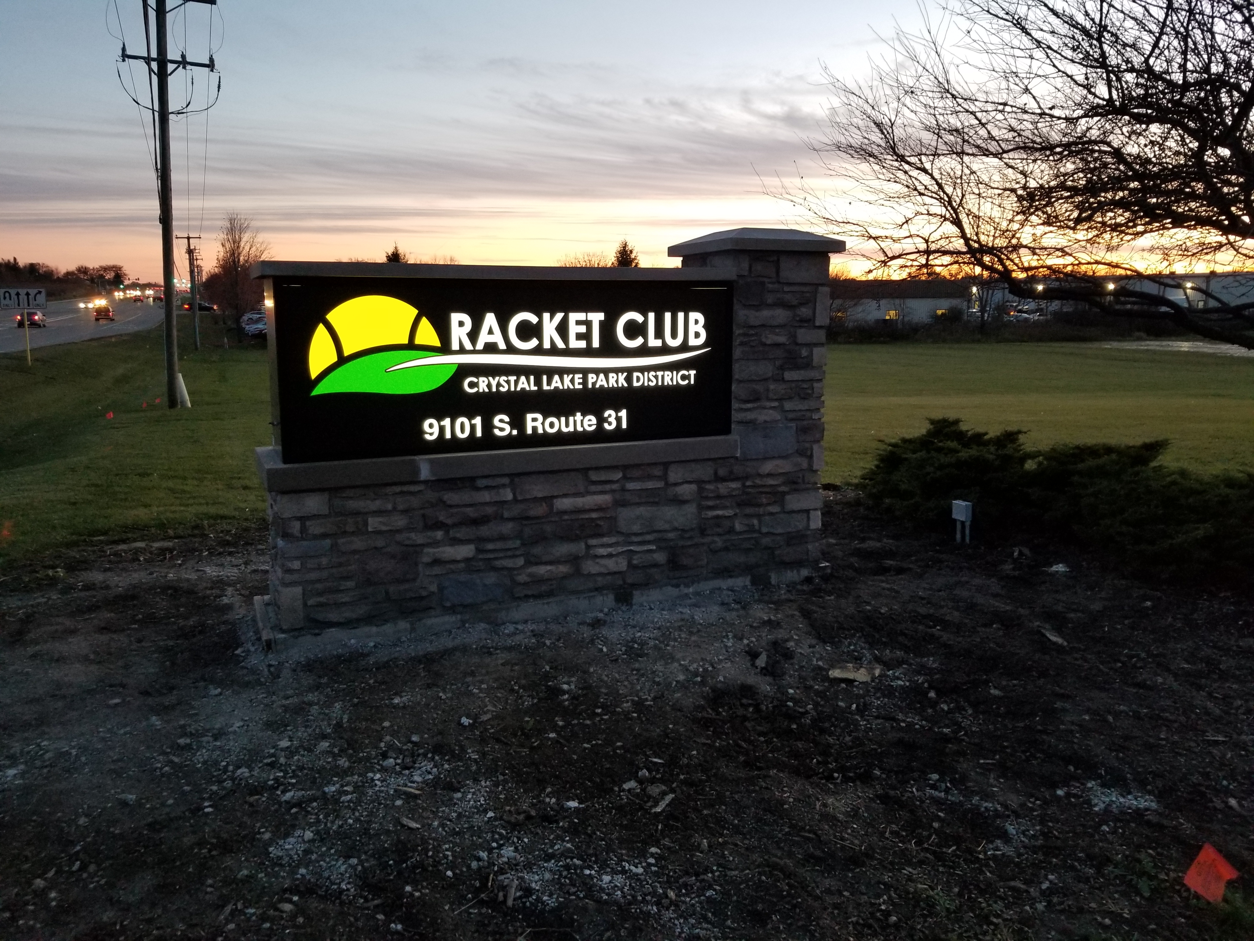 picture of new lighted racket club sign